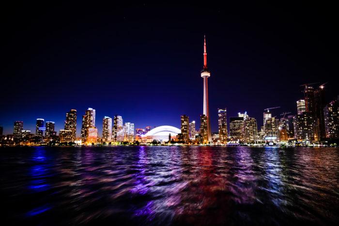 Esercizio di lettura in inglese: Toronto's CN Tower