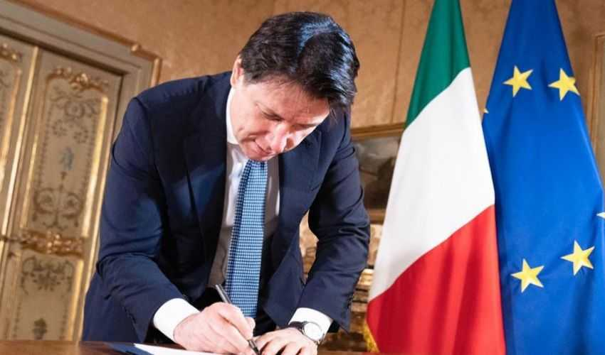 Learn English with the News – Italy's PM Gives New Lockdown Measures