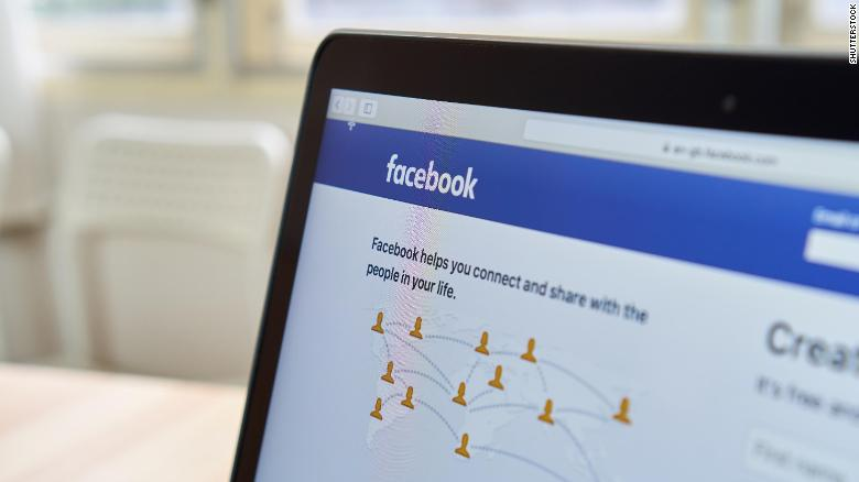 Learn English with the News – Companies Decide to Boycott Facebook
