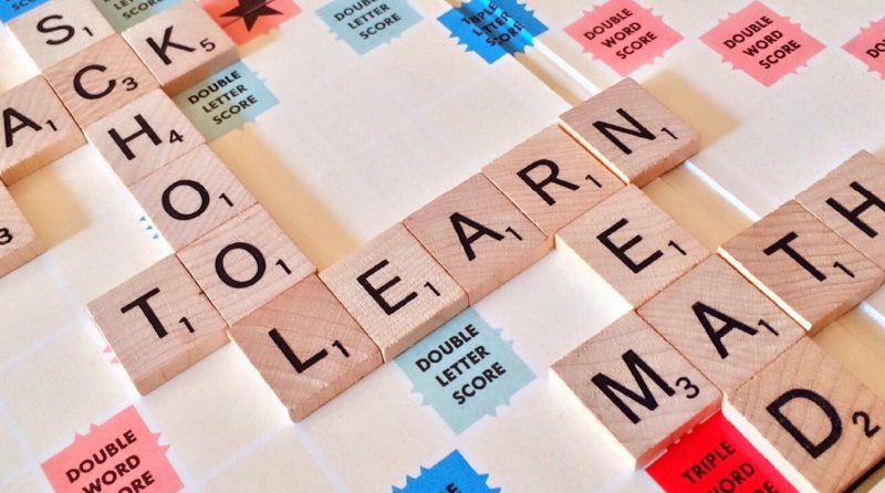 How to Play Scrabble | English Reading Comprehension