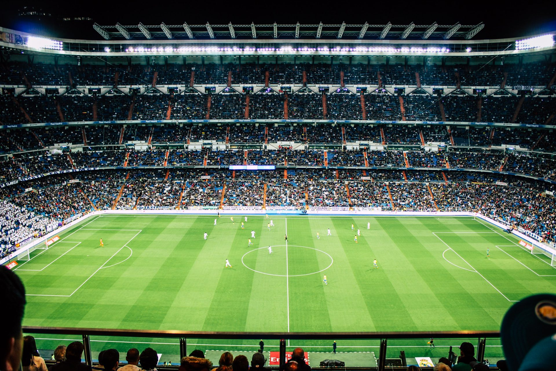 A Trip to the San Siro | English Grammar Exercise (Comparatives)
